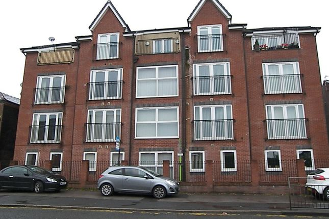 Thumbnail Flat to rent in The Causeway, Farnworth