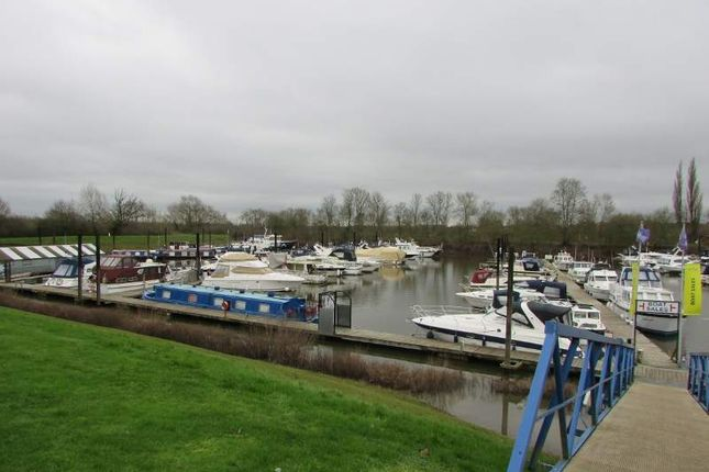 Thumbnail Commercial property for sale in East Waterside, Worcester