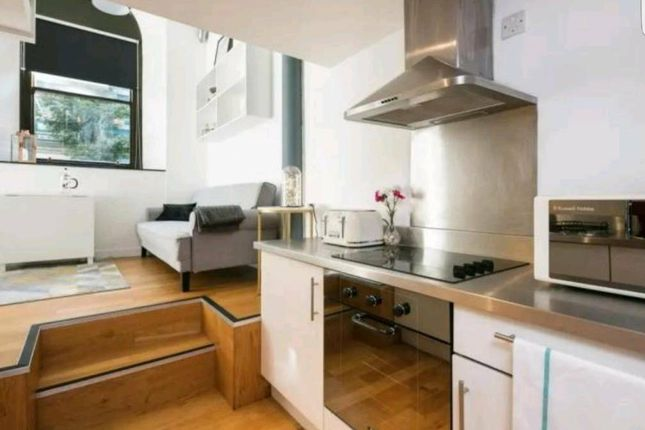 Kitchen Area of George Street, Manchester City Centre M1