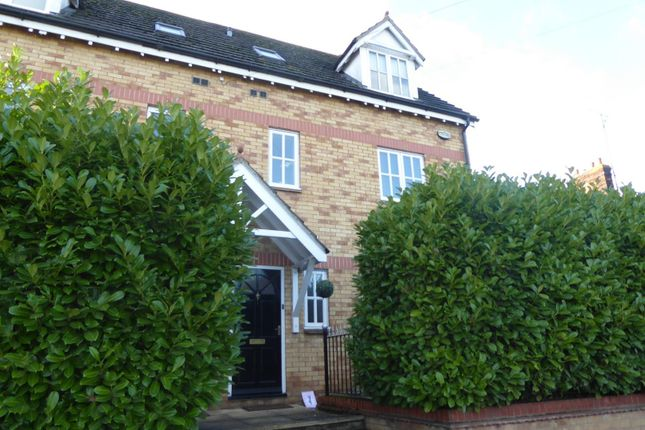 Thumbnail Town house for sale in Ryhall Road, Stamford