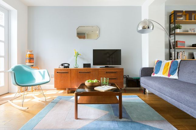 Thumbnail Duplex to rent in Caradoc Street, London