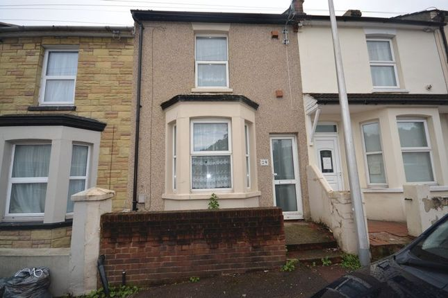 Thumbnail Terraced house to rent in Bright Road, Chatham, Kent