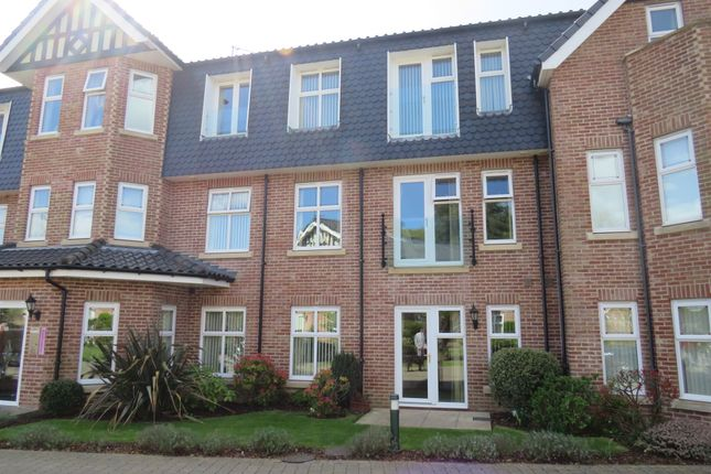 Thumbnail Flat for sale in Barclay Mews, Cromer