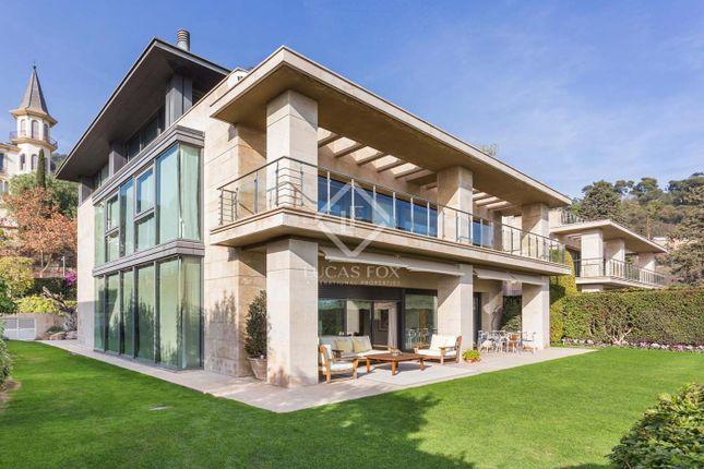 Thumbnail Villa for sale in Spain, Barcelona, Barcelona City, Sant Gervasi - Galvany, Bcn1588