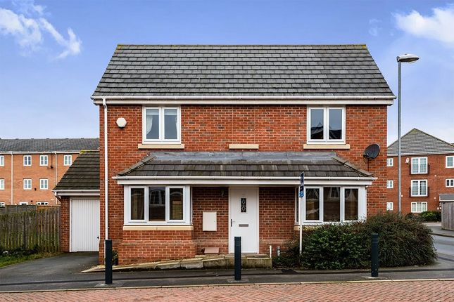 Thumbnail Detached house to rent in Murray View, New Forest Village, Leeds