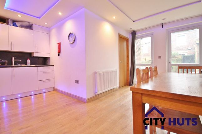 Thumbnail Terraced house to rent in Keighley Close, London