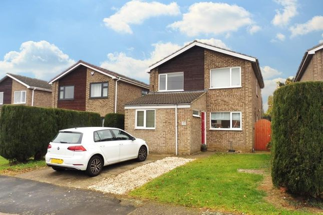 Thumbnail Property to rent in Hurst Crescent, Barrowby, Grantham