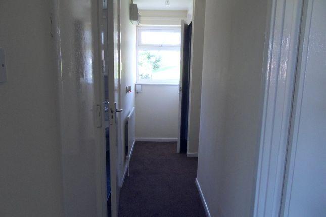 Picture No. 12 of School Lane, Dewsbury, West Yorkshire WF13
