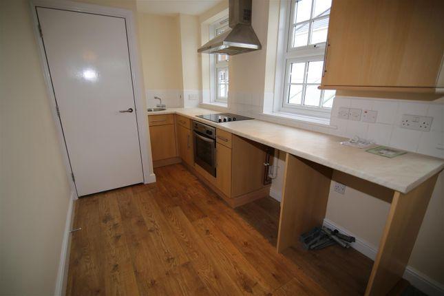 Thumbnail 2 bed flat to rent in Bampton Street, Tiverton