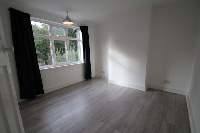 Photo 12 of Meadway, Woodford Green IG8