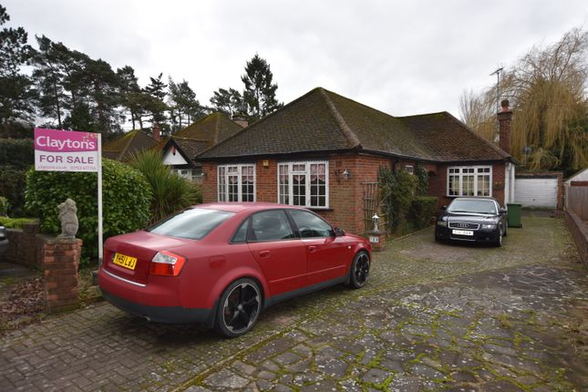 Thumbnail Detached bungalow for sale in Bucknalls Lane, Watford
