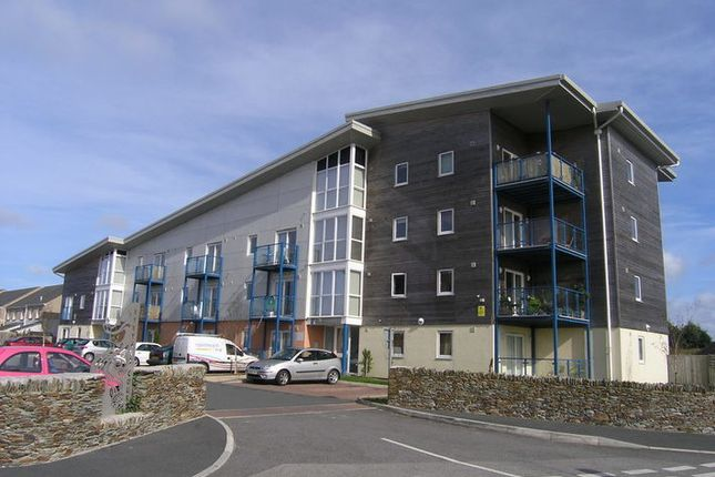 Thumbnail Flat for sale in North Roskear, Tuckingmill, Camborne