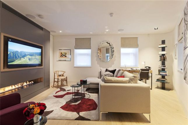 Thumbnail Terraced house for sale in Hanway Street, London
