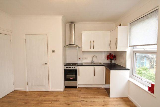 Kitchen of London Road, Waterlooville PO7