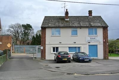 Thumbnail Commercial property for sale in 339 Yorktown Road, Sandhurst, Berkshire