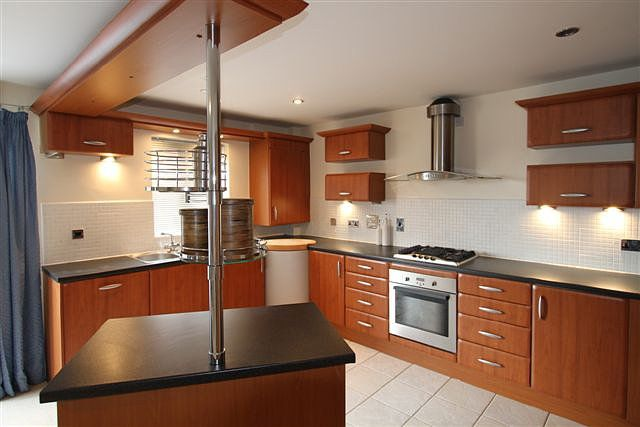 Thumbnail Flat to rent in Steam Mill Street, Chester, Cheshire