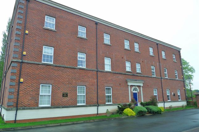 Thumbnail Flat to rent in Swinhoe Place, Culcheth, Warrington