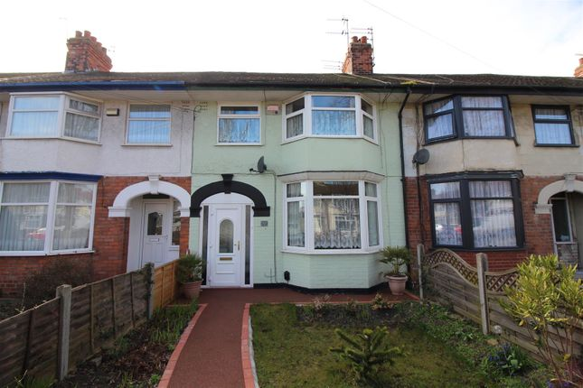Terraced house for sale in North Road, Hull