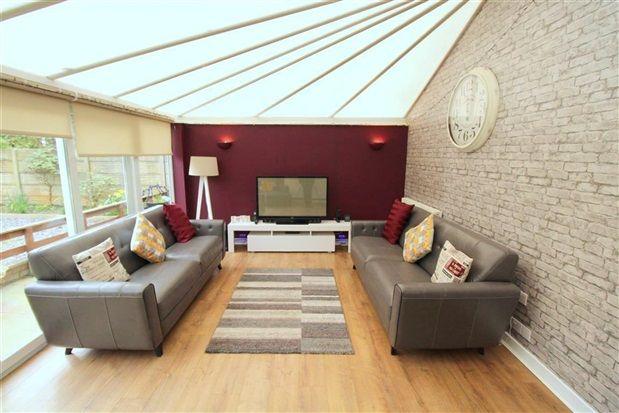 Family Room New of Greaves Town Lane, Preston PR2