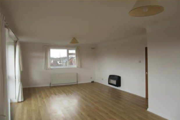 2 bed flat to rent in Nicholas Road, Liverpool L23