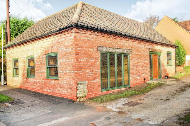 Thumbnail 2 bed lodge for sale in High Street, East Markham, Newark