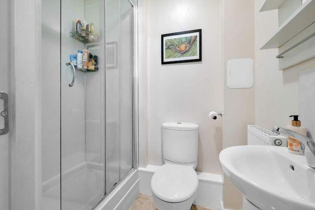 En-Suite Shower of Cambuslang Road, Glasgow G72