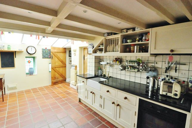 Amazing 3 Bed Cottage For Sale In Back Street Modbury South Devon Home Interior And Landscaping Eliaenasavecom