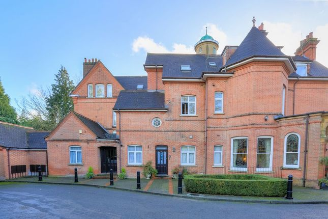 Thumbnail Flat for sale in Althorp Road, St. Albans