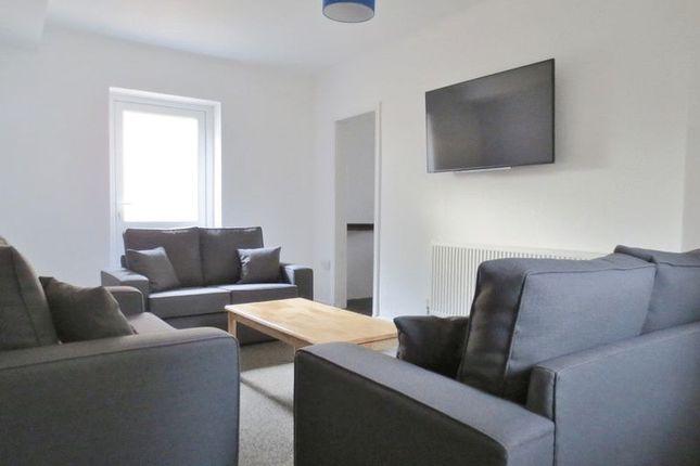 Semi-detached house to rent in Colbourne Avenue, Brighton