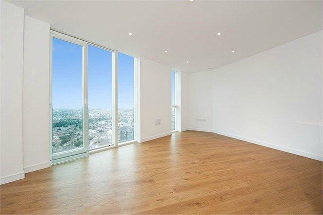 Thumbnail Flat for sale in Pinnacle Apartments, Saffron Central Square, Croydon