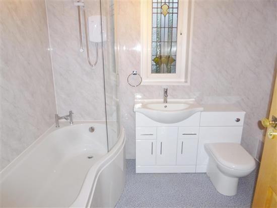 Regent Park Bathroom