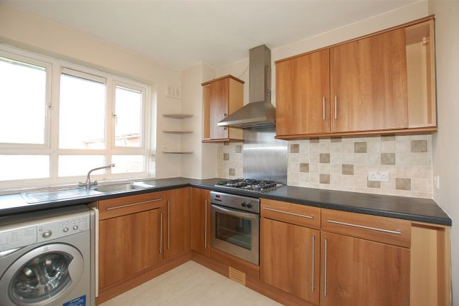 Thumbnail Flat to rent in Maynard House, Churchfields Road, Beckenham, Kent