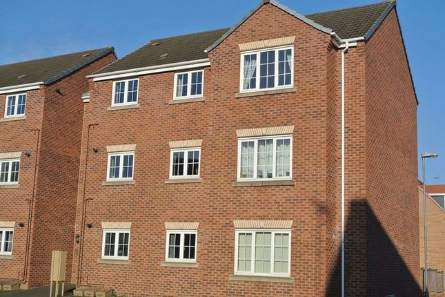 Thumbnail Flat for sale in Ruby Way, Mansfield