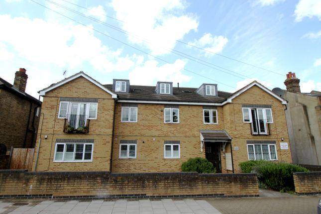 Thumbnail Flat for sale in Ravenscroft Road, Beckenham, Kent