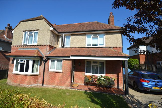 Thumbnail Detached house for sale in Kings Road, Lymington