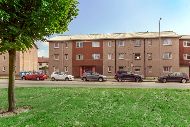 60 Kingseat Avenue, Grangemouth FK3