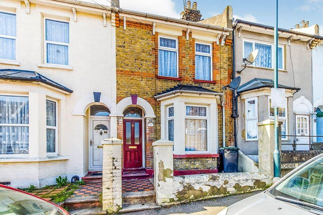 Thumbnail Terraced house to rent in Kitchener Road, Rochester