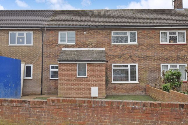 2 bed flat to rent in Highland Road, Maidstone