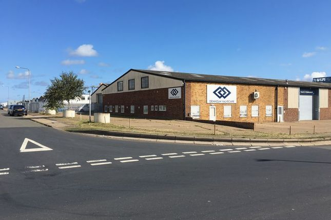 Thumbnail Property to rent in Morton Peto Road, Great Yarmouth