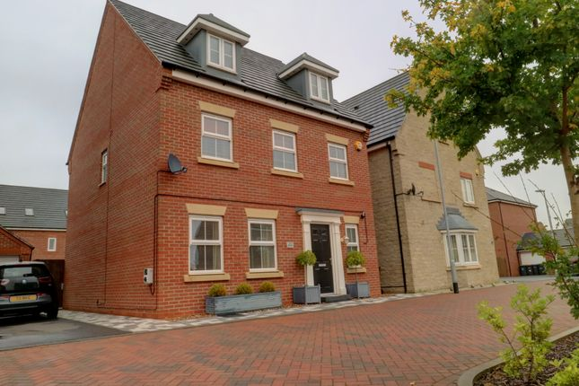 Thumbnail Detached house for sale in Dexters Grove, Hucknall, Nottingham