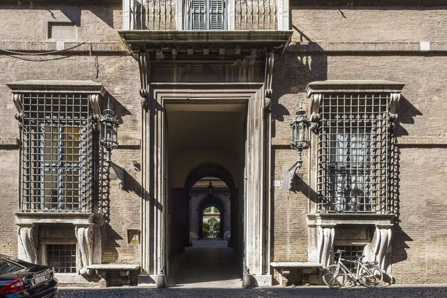 Thumbnail Town house for sale in Rome Rm, Italy