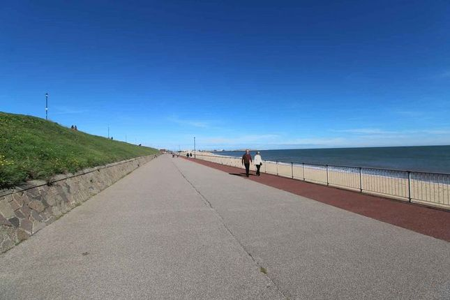 Photo 4 of Marine Parade, Gorleston, Great Yarmouth NR31