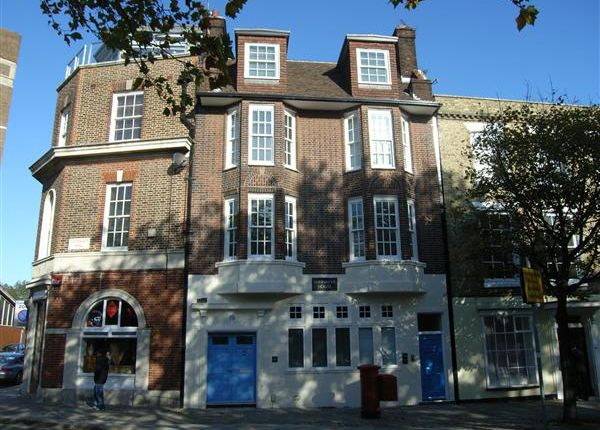 2 bed flat to rent in Spinnaker House, 19A Ordanance Row, Portsmouth