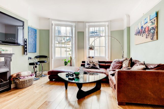 2 bed flat for sale in Eaton Place, Brighton