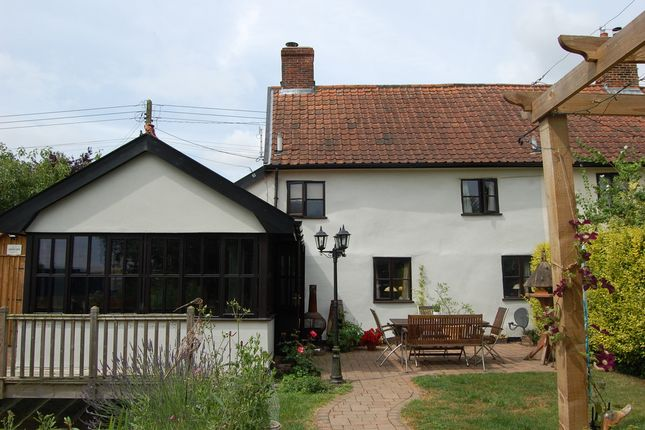Thumbnail Cottage for sale in The Street, Hacheston, Woodbridge