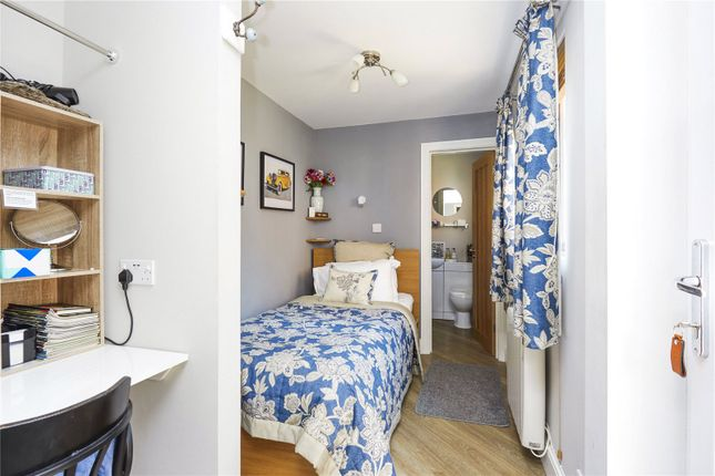 Picture No. 11 of Woodland Cottages, Park Lane, Brook, Godalming GU8