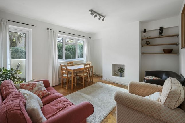 Thumbnail Flat to rent in South Close, Highgate