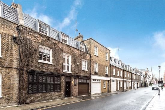 4 bed terraced house for sale in Phillimore Walk, London