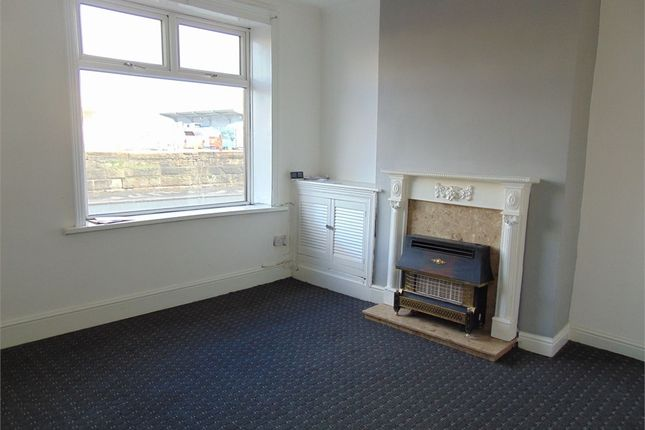 2 bed terraced house to rent in Gannow Lane, Burnley, Lancashire BB12
