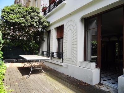 2 bed apartment for sale in Paris-xvi, Paris, France